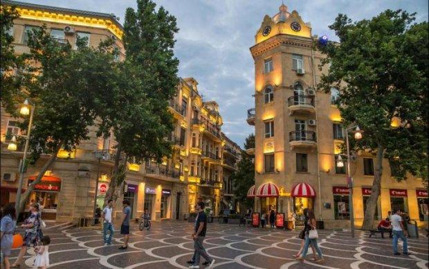Азербайджанці відпочивають в Україні лише заради ЦЬОГО: відео