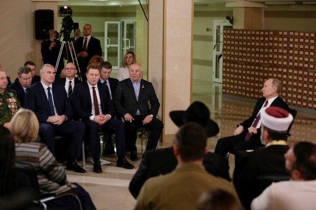Бес попутал: в Путина вселился украинец, он запел по-нашему прямо в Крыму