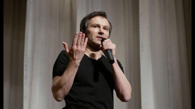 """Вакарчук мощно пристыдил Тимошенко одним вопросом: """"Должна сложить мандат"""""""