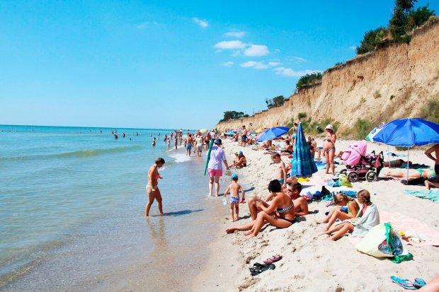 В Одесі може зірватися пляжний сезон: курортників попередили про небезпеку
