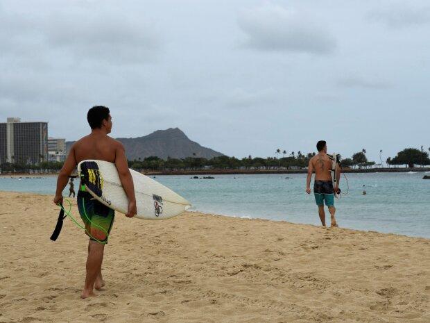 Гаваї на межі екологічної катастрофи, владі довелося заборонити косметику