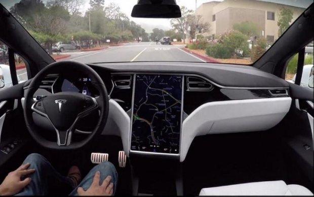 Штучний інтелект навчився водити за 20 хв