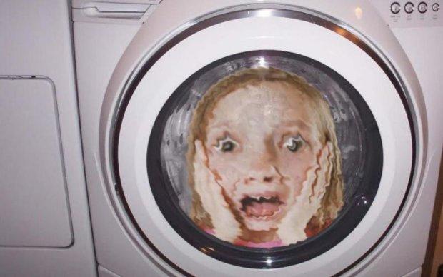 У Харкові пральна машина захопила дитину