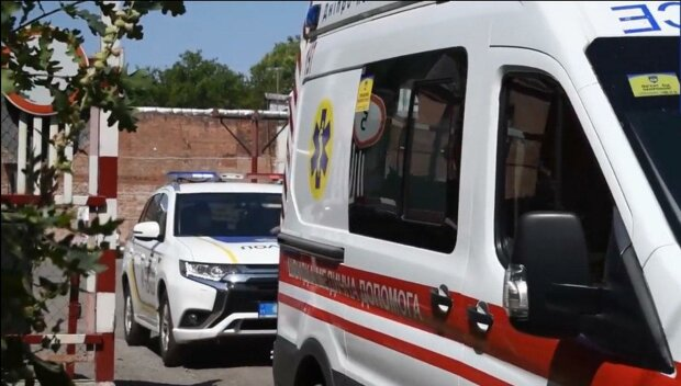 Поліція і швидка допомога / скріншот з відео