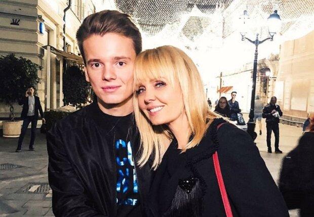 Син Валерії розбився в ДТП під Санкт-Петербургом: від фото розривається серце