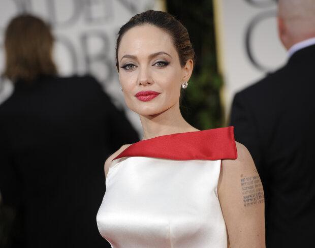 """Джолі забула про Пітта в обіймах зірки """"Месників"""": його дружина збожеволіла від ревнощів"""