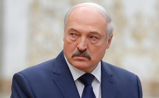 Лукашенко раскрыл канал поставки оружия с Донбасса'сверху недовольны