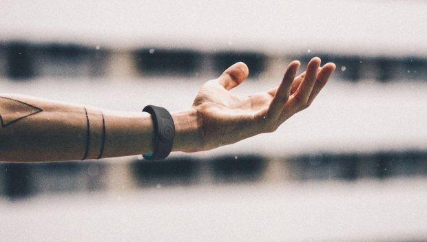 Умный браслет Mictic превратит ваши движения в магию звуков