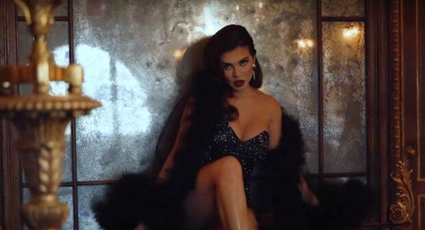 Анна Седокова, скриншот из видео