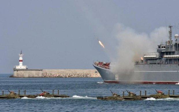 Оккупанты привели в полную боеготовность флот в Крыму