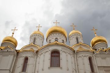 """У Херсонській області обнесли відразу кілька церков: злодії залишили """"слід"""""""