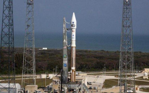 NASA перенесла запуск супутника через поломки при тестах