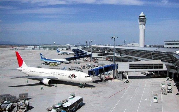 Крупнейшие города Украины рискуют остаться без авиасообщения