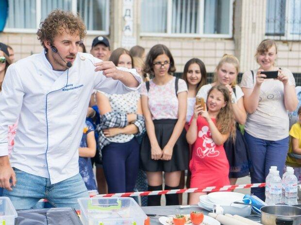 Більше ніякої гречки: шеф-кухар Євген Клопотенко приїхав до Франківська, як тепер будуть годувати школярів