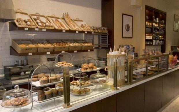 Лавочка закрита: в Україні знищують хлібний бізнес