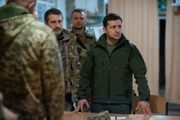 Возведение стены на Донбассе или проведения конституционной реформы: Украину ждут глобальные изменения, у Зеленского ошарашили заявлением