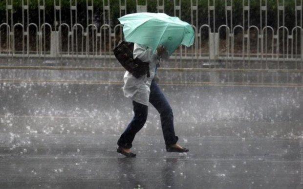 Погода 3 сентября: летнее тепло и штормовое предупреждение