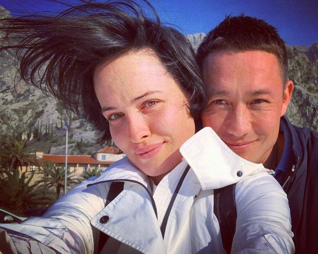 "Астафьева рассказала, как уголовка мешает ей выйти замуж: ""Даже паспорта нет"""