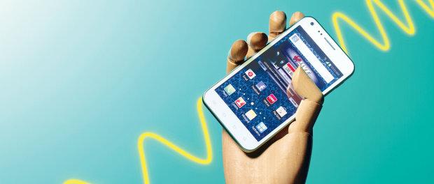 Доведено: випромінювання від мобільних телефонів викликає рак, але є нюанси