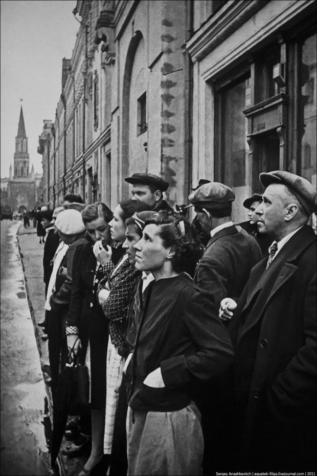Страшні бої, відступаючі війська, біженці: унікальні знімки перших днів Другої світової війни, зворушують до глибини душі