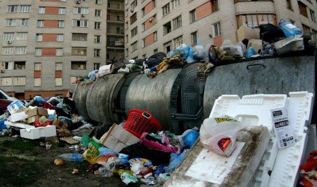 Донбас тоне у смітті, люди задихаються: путінські поплічники знущаються з людей, моторошні фото