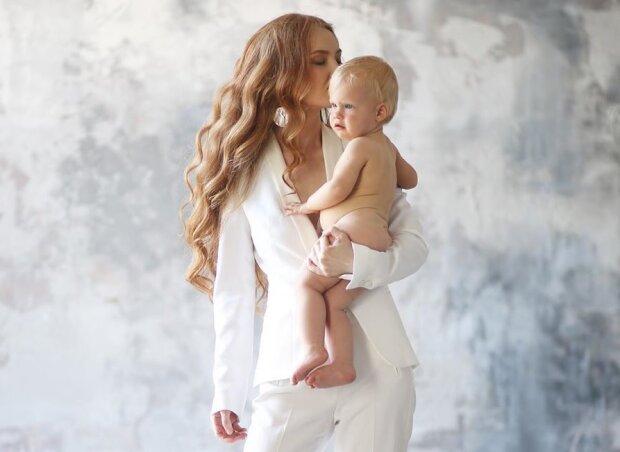 Ольга Білоконь з дитиною, фото - https://www.instagram.com/doctor_belokon/
