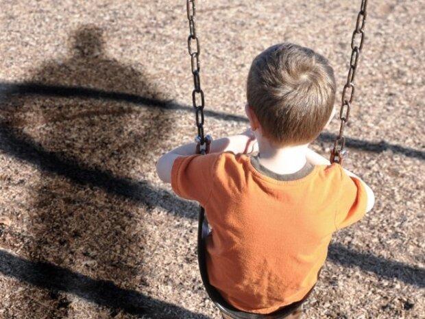 """Під Дніпром три дні шукали дитину, батьки збилися з ніг: """"йшов на футбол"""""""