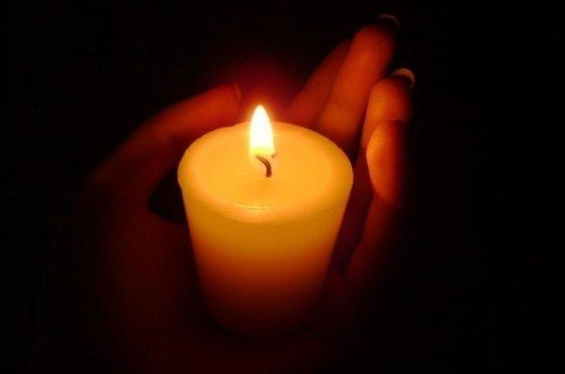 Прощались на коленях: в Мелитополе похоронили героя, защищавшего Украину до последнего вздоха
