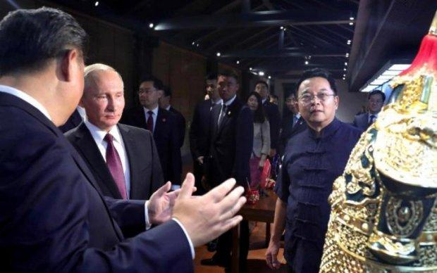 Треба сталагміт показати: Путін в Китаї порвав соцмережі