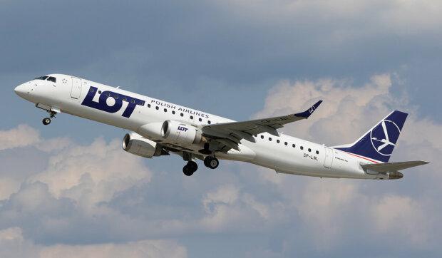 Выходные в Варшаве: польская авиакомпания запустит  прямой рейс в Ивано-Франковск