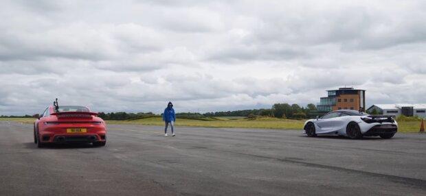 Porsche 911 Turbo S vs McLaren 720S скришот видео