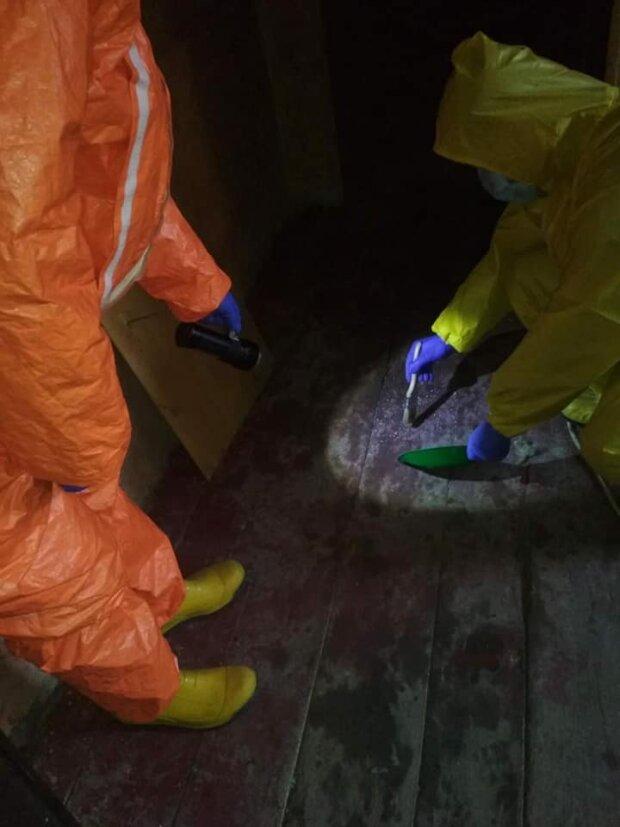 Во Львове в подвале дома обнаружили ящики с опасным содержимым