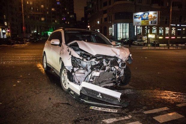 Моторошна ДТП перелякала весь Київ: розбиті авто розкидало по дорозі, є постраждалі