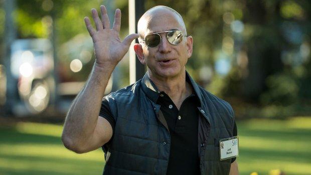 Основатель Amazon разводится из-за знойной любовницы: эта слабость будет стоить ему 69 млрд долл