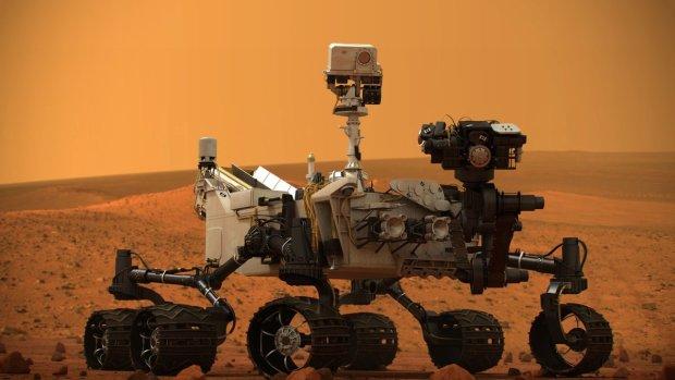 Блищить, а не золото: NASA знайшло на Марсі дивний камінь, майже філософський