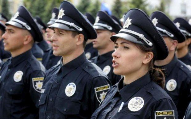 Обкладинка нова - суть стара: відверта розповідь поліцейського приголомшила Україну