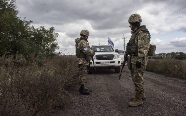 Спостерігачі ОБСЄ вибухнули на міні: є загиблі й поранені