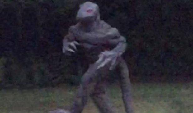 Жительница США показала потрясающее фото человека-ящера