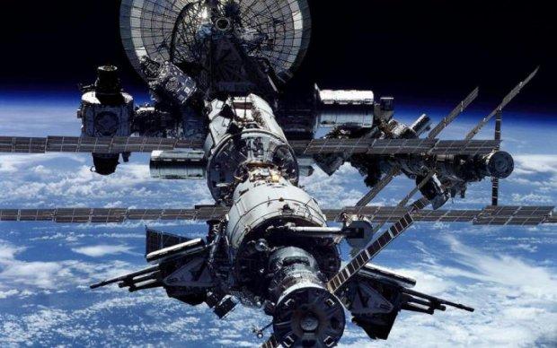 Сяюча перлина: від фото Галапагос з космосу перехоплює подих
