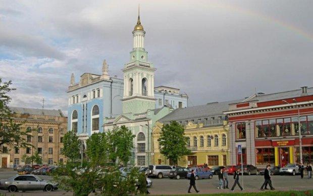В Киеве перекроют одну из главных улиц: график ограничений