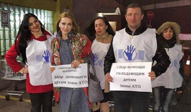 Священик доставив на Донбас 900 тонн їжі та одягу
