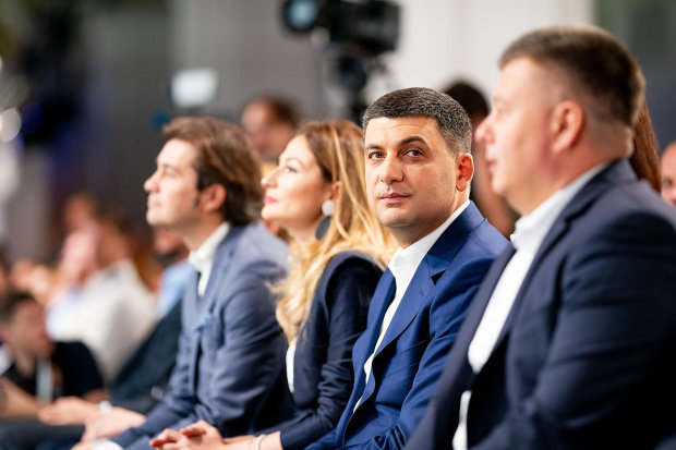 Мерзенну схему Гройсмана і Коболєва показали усій Україні: газ за ціною ваших сліз
