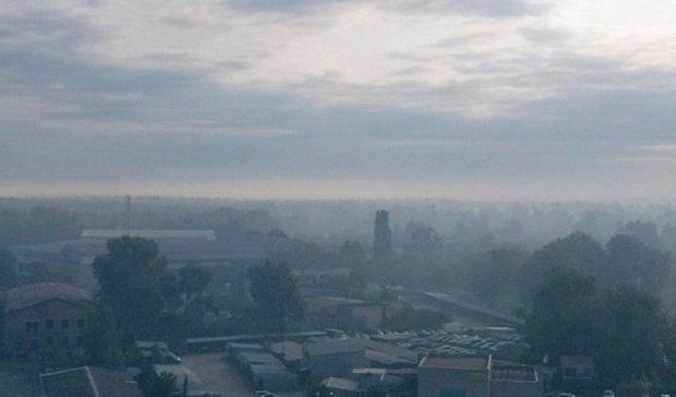 Дарницкий район в чаду: новый пожар под Киевом