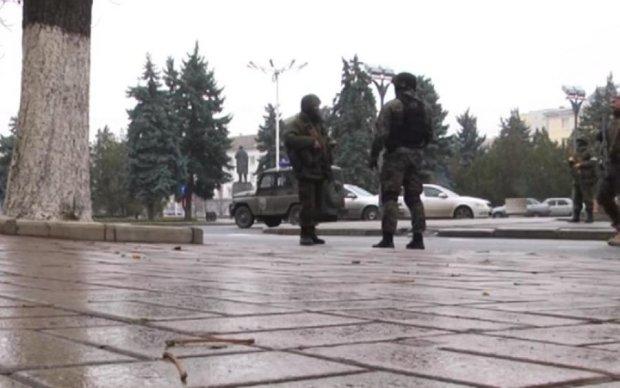 Дежавю: события в Луганске пошли по крымскому сценарию