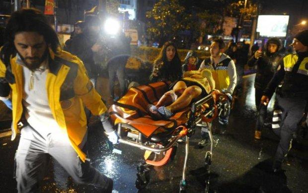 У нічному клубі підірвали гранату: десятки постраждалих