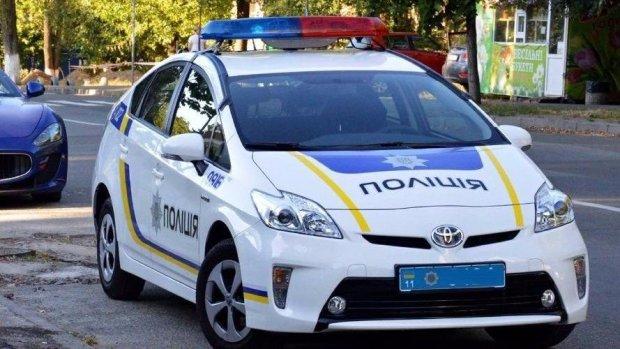 Харків'янин втратив автівку за одну ніч: без мотору та коліс, - про поїздки можна забути