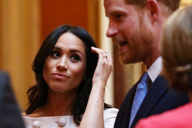 Меган Маркл и принц Гарри показали фанатам истинное лицо: Британия в шоке от наглости по-королевски