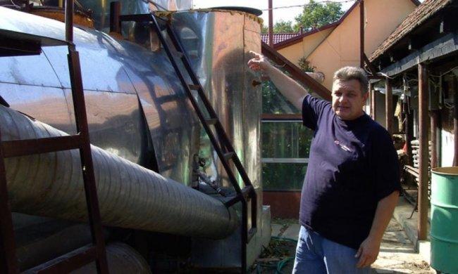 Закарпатець винайшов дешеву біогазову установку для господарства