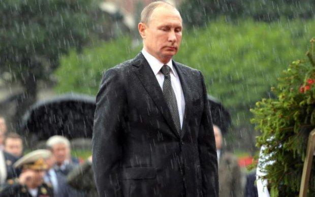 Унылого клона Путина засекли в метро