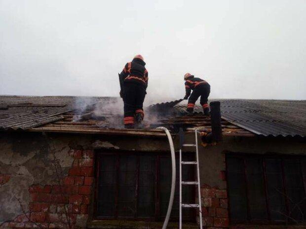 На Буковине пожар унес жизнь 90-летней женщины - не выбралась из адского плена